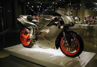 世界で一番美しいバイク!音速の貴公子アイルトン・セナの名前がつけられた3台のバイクたち