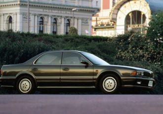 バブル期だからこそ愛された名車!?初代三菱・ディアマンテが売れた理由とは?