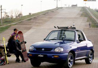 SUVブームの今、再評価したい1台。オープン2シーターのスズキ・X-90がカッコよすぎる!!