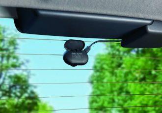 前も後ろも高精細録画!最新のドライブレコーダーDVR3100が登場!