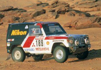 国産SUVを代表するクルマ!初代三菱・パジェロはなぜパリダカで強かったのか?