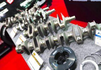 鉄の塊から超高精度な技術で削る!エンジンの心臓クランクシャフトの製造工程がスゴイ!