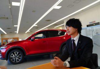 ディーラーへ行く前に読みたい!関東一のセールスマンに新車購入の注意点を聞いてみた!!