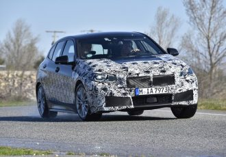ライバルは強敵揃いだぞ!新型BMW1シリーズがまさかのFF化!!