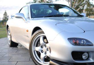 マツダの名車、RX-7に乗りたい!気になる中古車価格と維持費は?