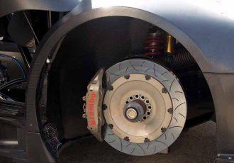 ブレーキの仕組み知ってる?ドラムとディスクの違いについて