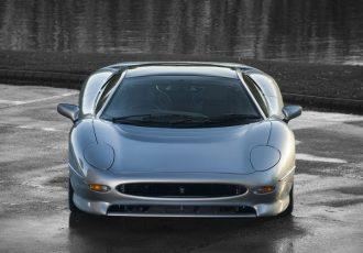 354km/hを目指したスーパーカー!究極のジャガー『XJ220』
