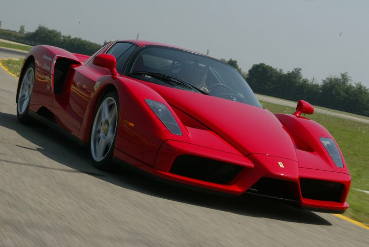 エンツォフェラーリ ENZO Ferrari