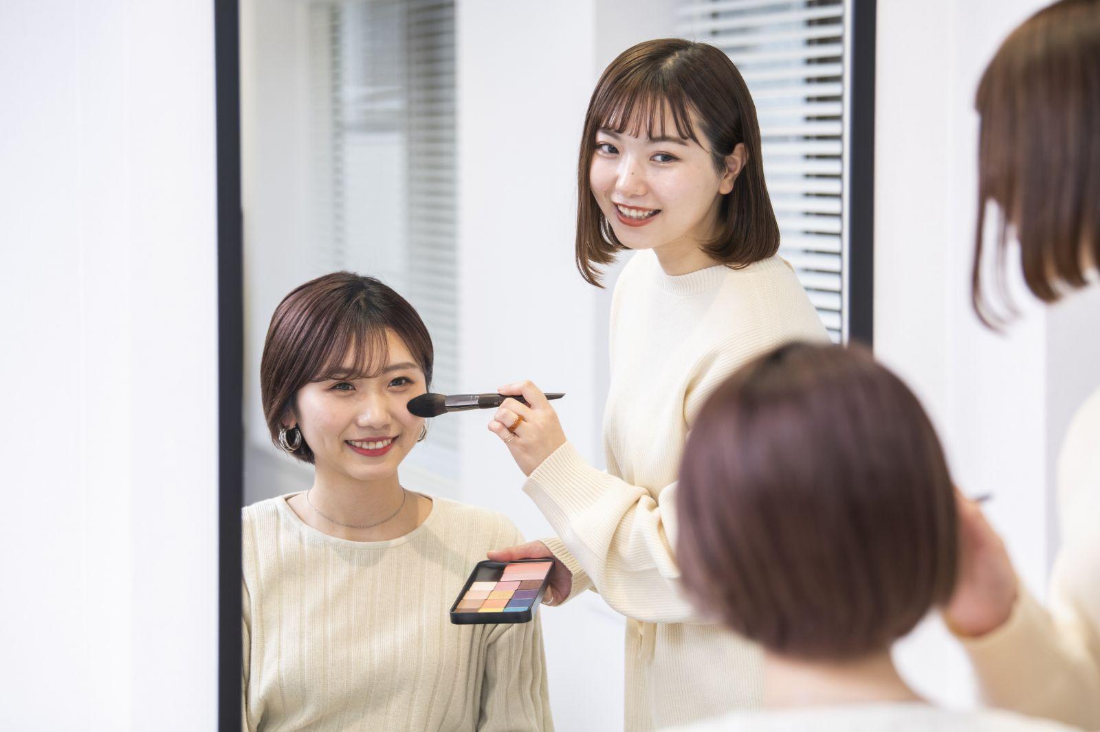 【クレンジングエステ&アイメイク体験】