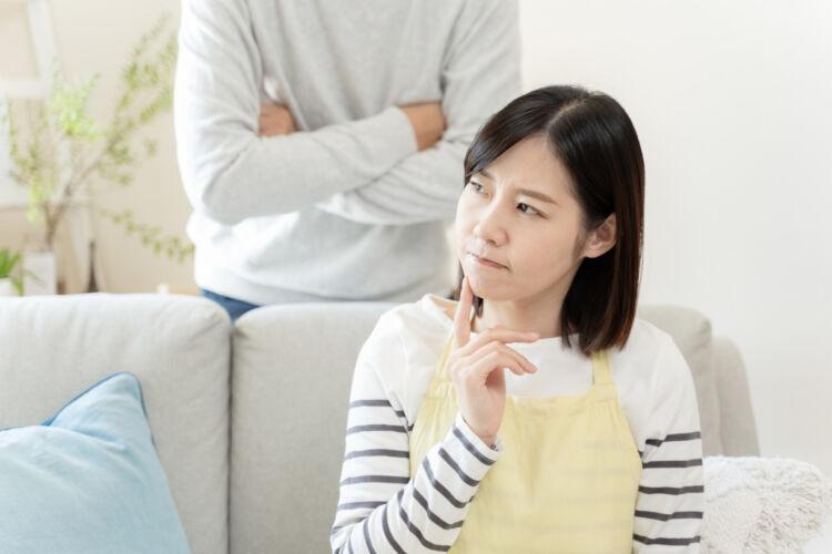 専業主婦だと大幅ダウン?!共働きとは月●万円も変わる専業主婦の年金制度