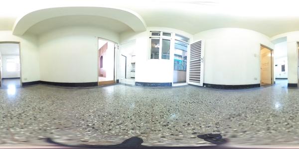 松山機場邊間2樓雅寓
