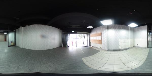 桃園站前整棟電梯透天店面