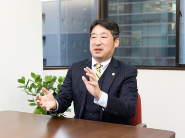 弁護士 鮫川 誠司(神谷町セントラル法律事務所).2