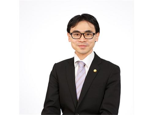 弁護士 臼井 元規(兼六法律事務所)