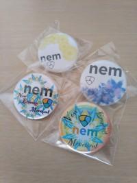 NEMロゴ缶バッチ、プレゼント企画始めます!!