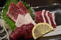 熊本にて馬刺しを食べ、ついでに阿蘇に行ってあか牛を食べるwwwwww