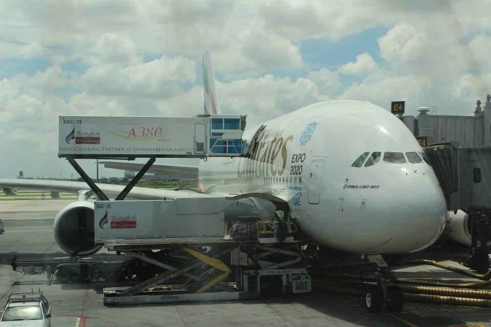 エミレーツ航空・バンコク-香港間 A380 ビジネスクラス