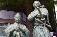 東京都・赤坂の勝海舟・坂本龍馬師弟銅像(銅像日誌No.1)