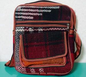 イラン産織物カバン