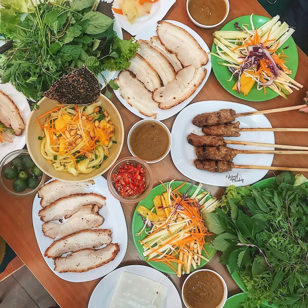 Bánh tráng cuốn thịt heo - đặc sản Đà Nẵng khiến du khách ăn mãi vẫn thèm