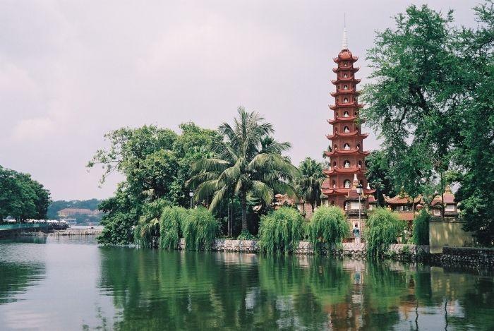 Truyền thuyết về 3 ngôi chùa cổ linh thiêng nhất Hà Nội