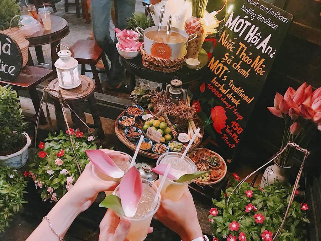quan-cafe-dep-o-hoi-an-1.jpg