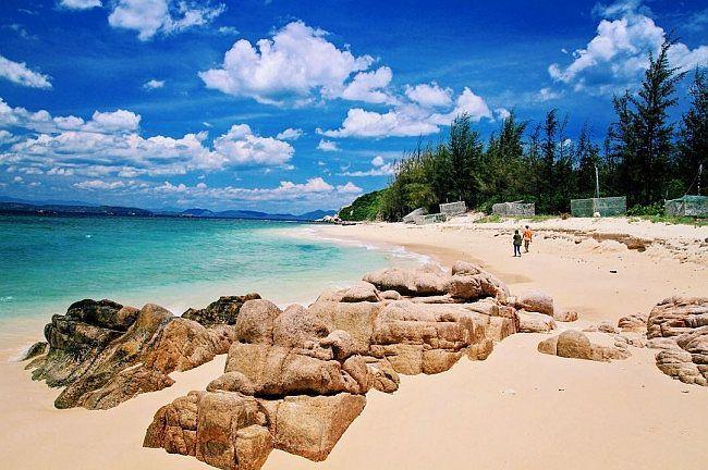 Mê mẩn 4 hòn đảo hoang sơ đẹp 'lịm tim' ở Phú Yên