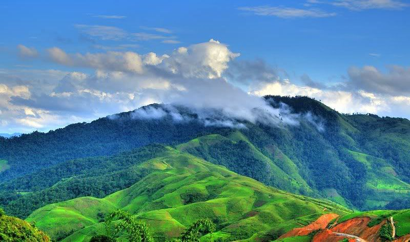 Chinh phục 2 địa điểm hoang sơ, đẹp ngút ngàn ở Điện Biên
