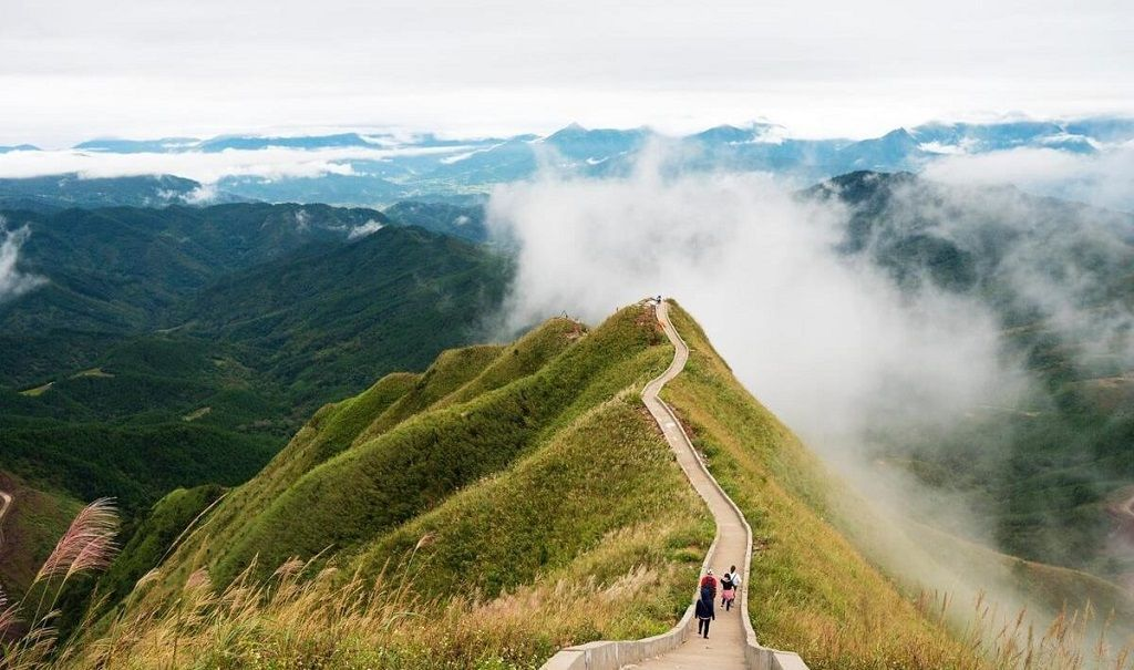 3 điểm đến hoang sơ, cực đẹp nhưng ít người biết ở Quảng Ninh