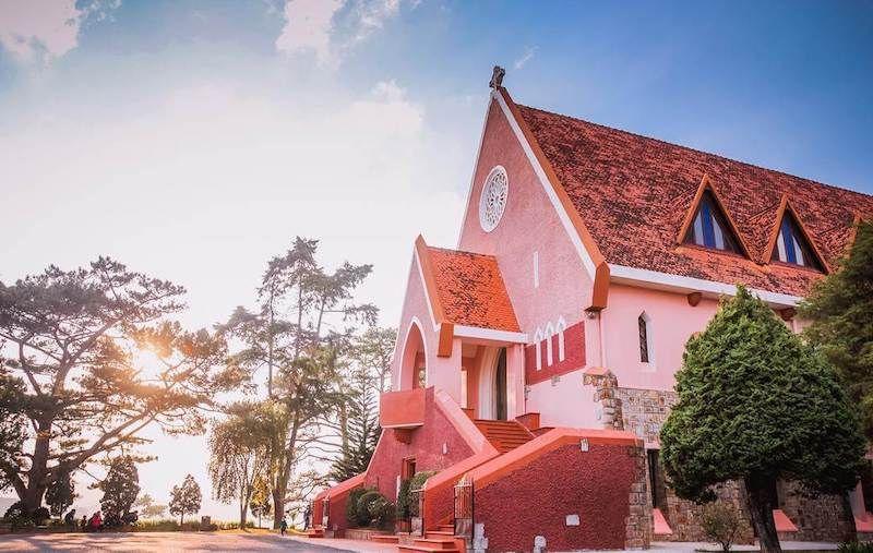 Nhà-Thờ-Domaine-de-Marie-Đà-Lạt-1.jpg