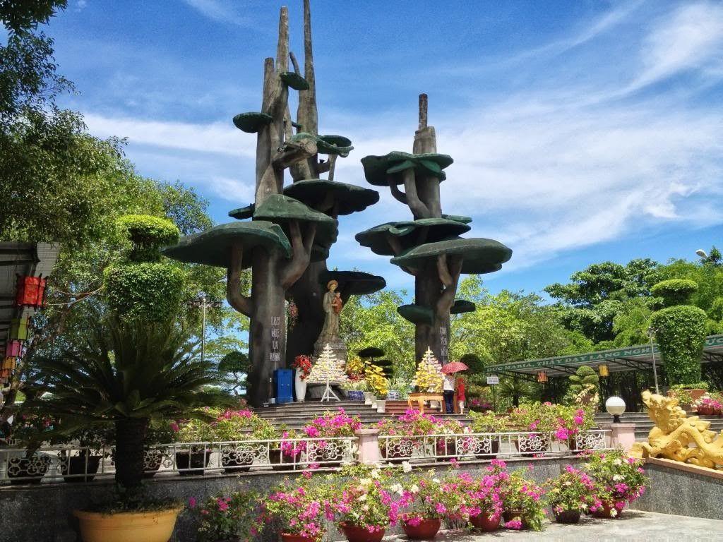 Thánh địa La Vang - chốn hành hương hút du khách quốc tế nhiều nhất ở  Quảng Trị