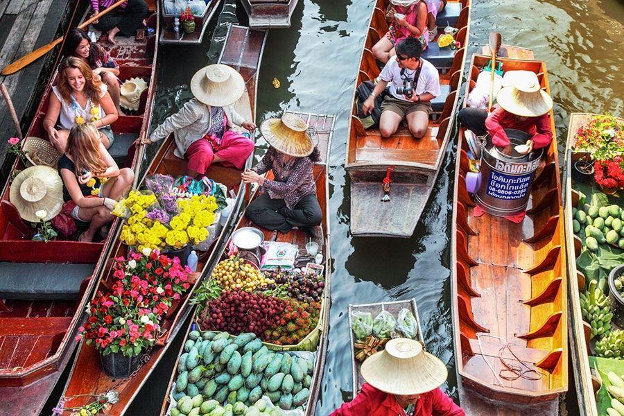 ベトナムの西部で最も印象的な7の水上マーケットの文化を体験