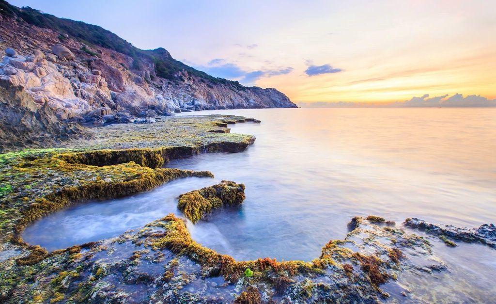 Hòn Đỏ - điểm đến hoang sơ nhưng đẹp đến nín thở ở Ninh Thuận