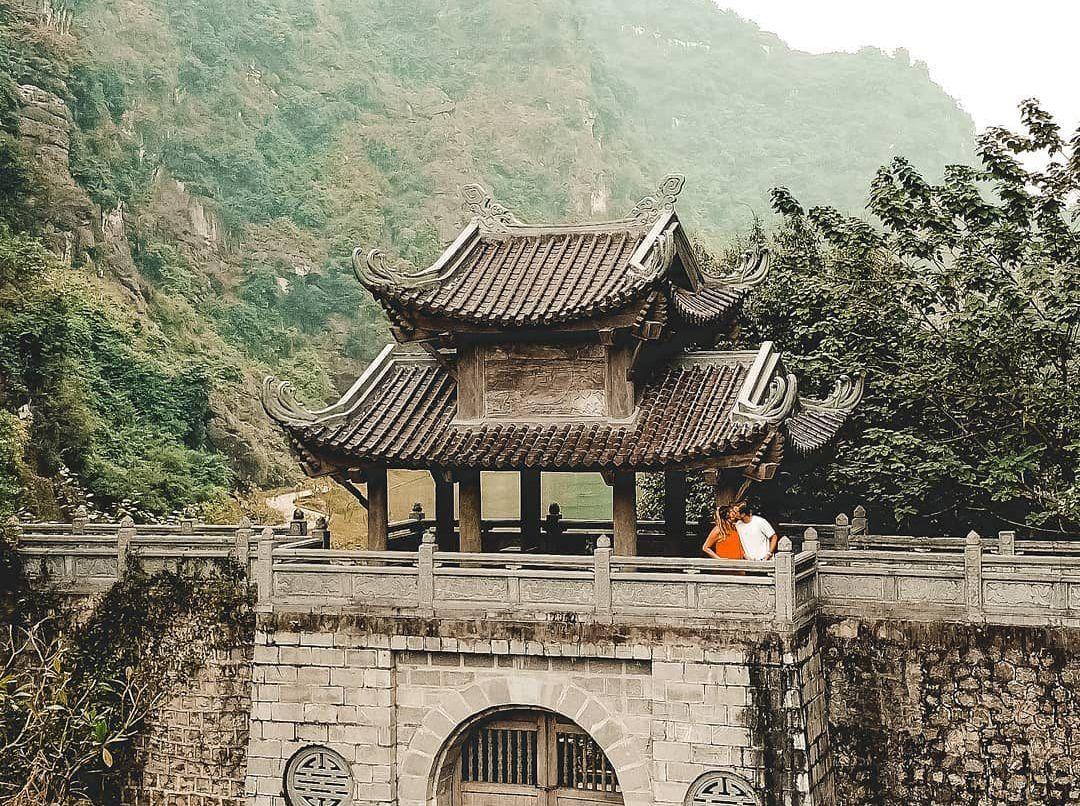 Thăm động Am Tiên yên bình, đẹp như tranh vẽ ở Ninh Bình