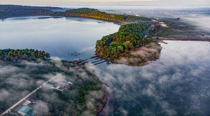 Thăm Biển Hồ đẹp như bức tranh hữu tình ở Pleiku