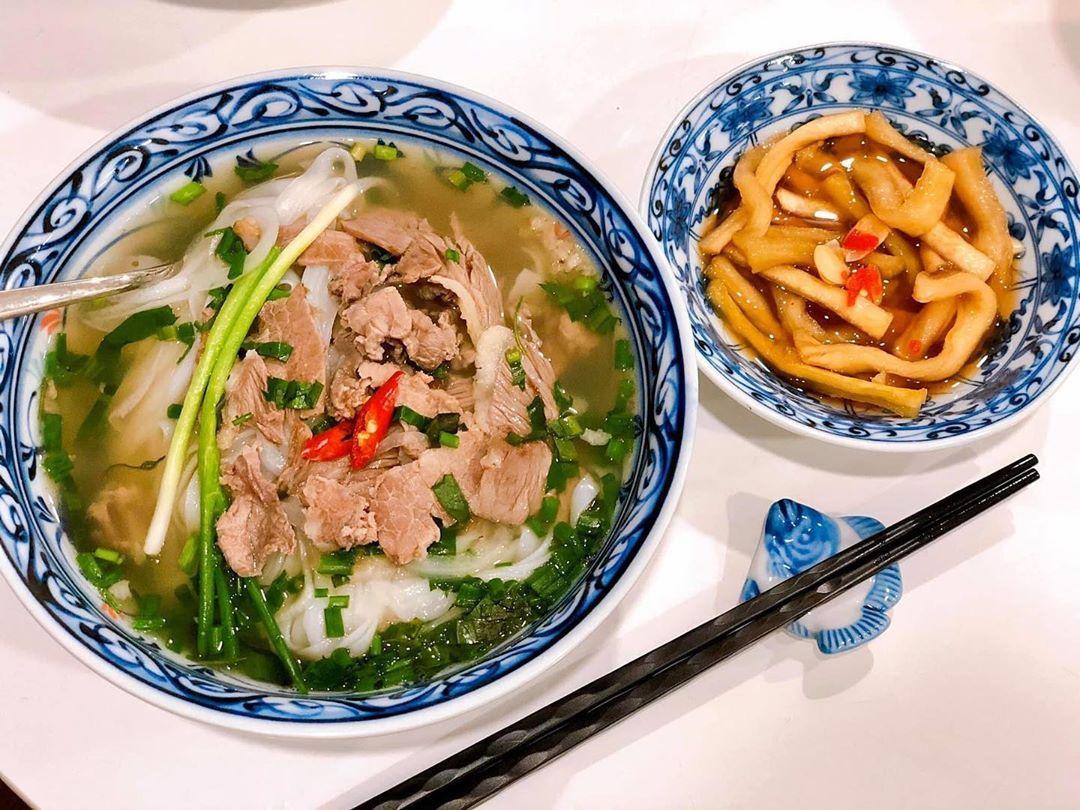 Thưởng thức phở Hà Nội - tinh túy ẩm thực đất Việt