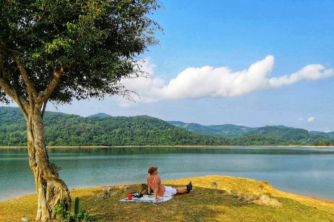 Say lòng trước bức tranh sơn thủy hữu tình tại hồ Phú Ninh - Quảng Nam