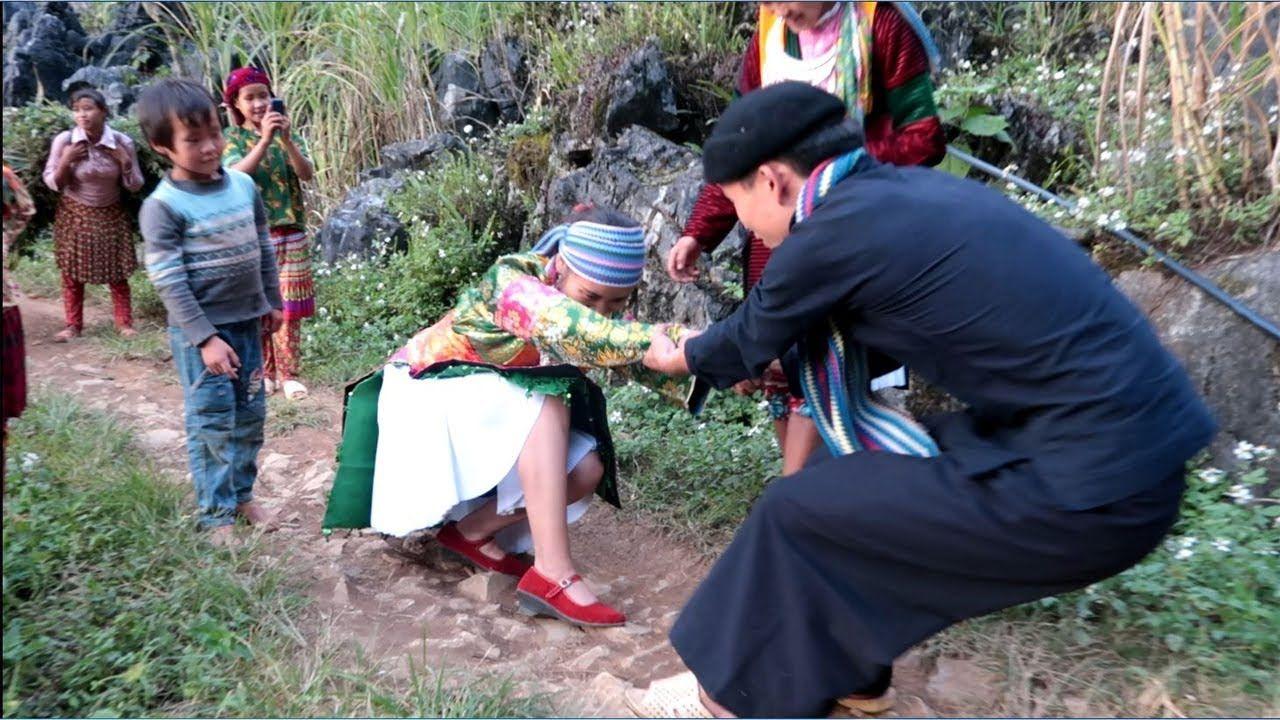 tuc-bat-vo-va-cuoi-hoi-cua-nguo-hmong-3