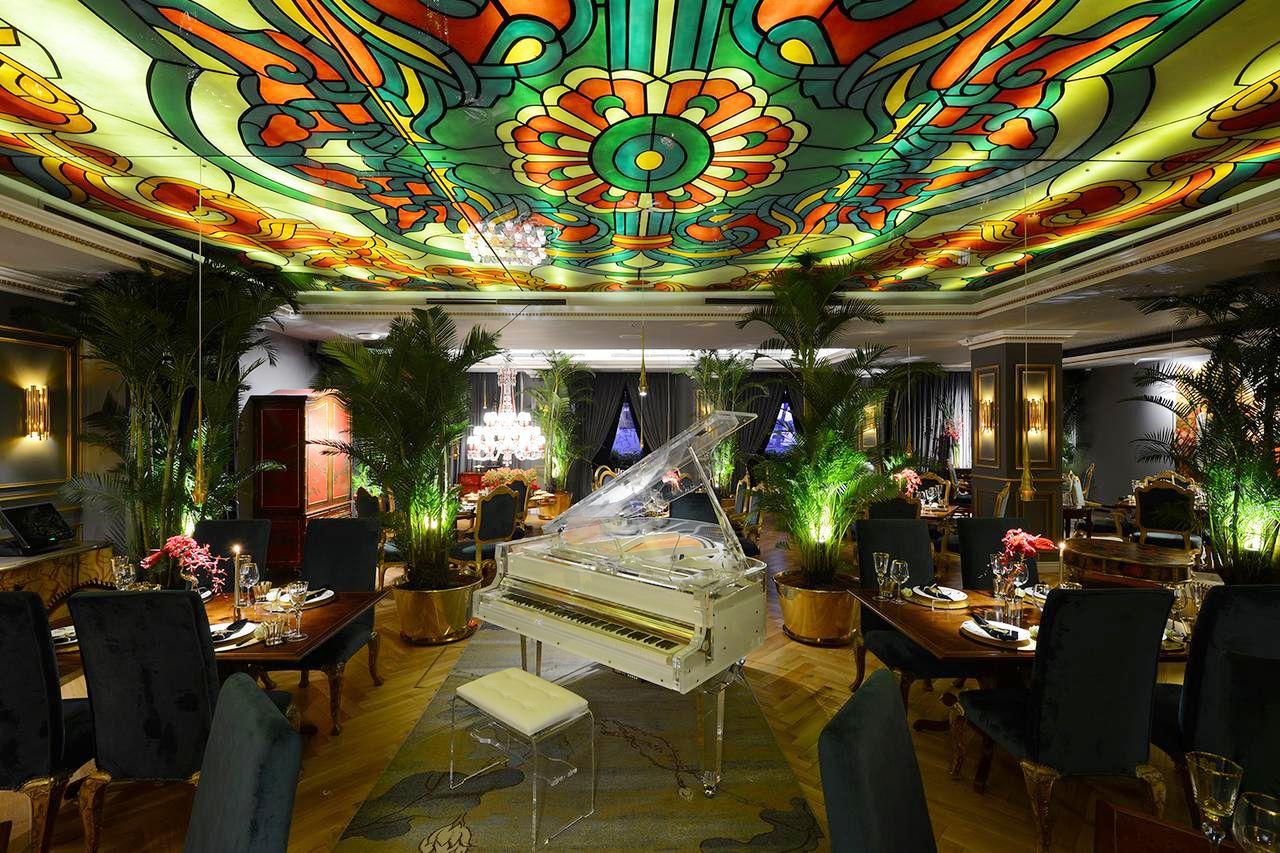 3 khách sạn trăm tuổi hút nhiều du khách ở Sài Gòn