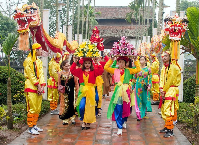 Vì sao lễ hội Khai ấn Đền Trần thu hút rất đông du khách tham gia?