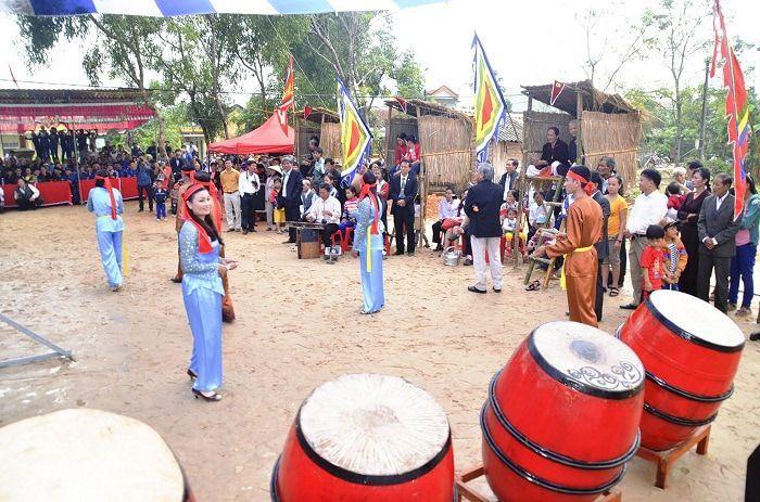 Đến Quảng Trị thăm làng cổ Bích La 500 tuổi với lễ hội độc đáo