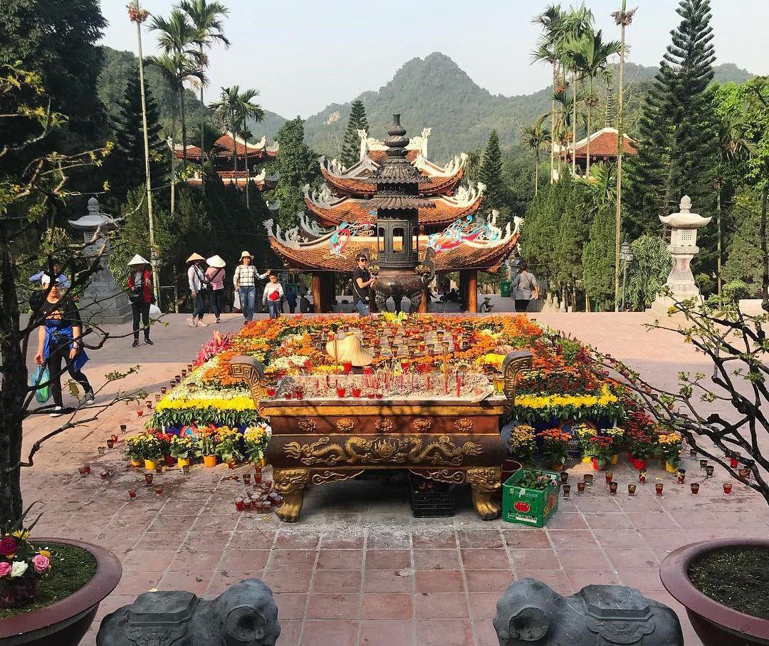 Lễ hội Chùa Hương: Nơi lưu giữ nét đẹp tâm linh của Phật giáo