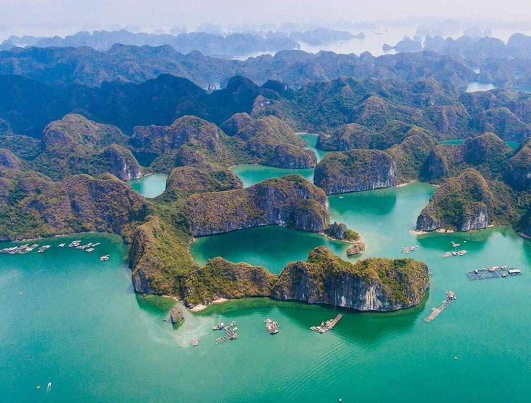 Hành trình khám phá vịnh Lan Hạ đẹp như tuyệt tác thiên nhiên