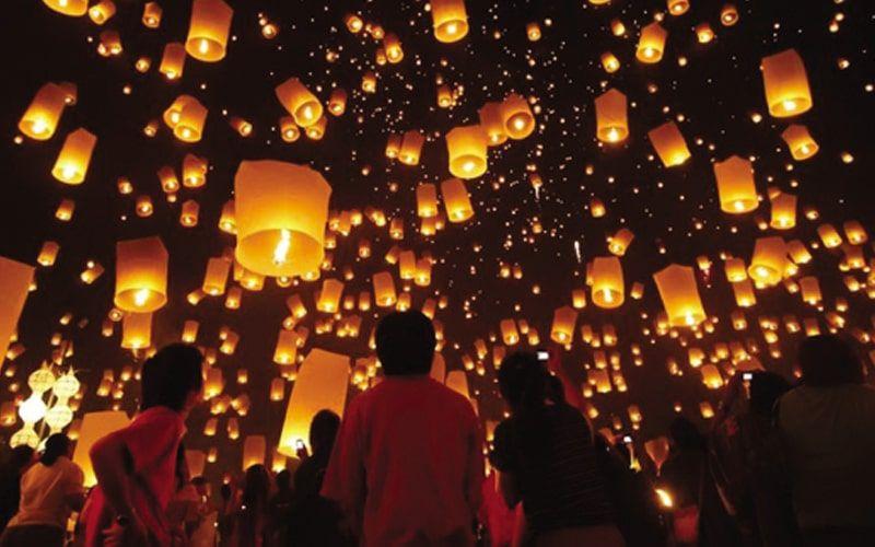 Tham gia lễ hội Ok Om Bok  độc đáo cùng đồng bào Khmer ở Trà Vinh