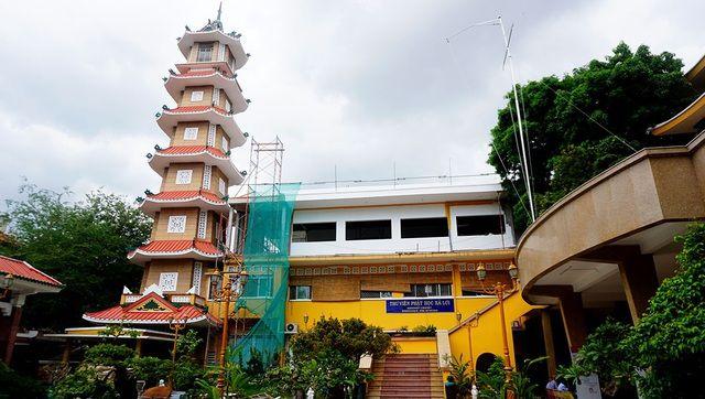 Chiêm ngưỡng tháp chuông lớn nhất ở Sài Gòn cùng nét tâm linh cổ-6.jpg