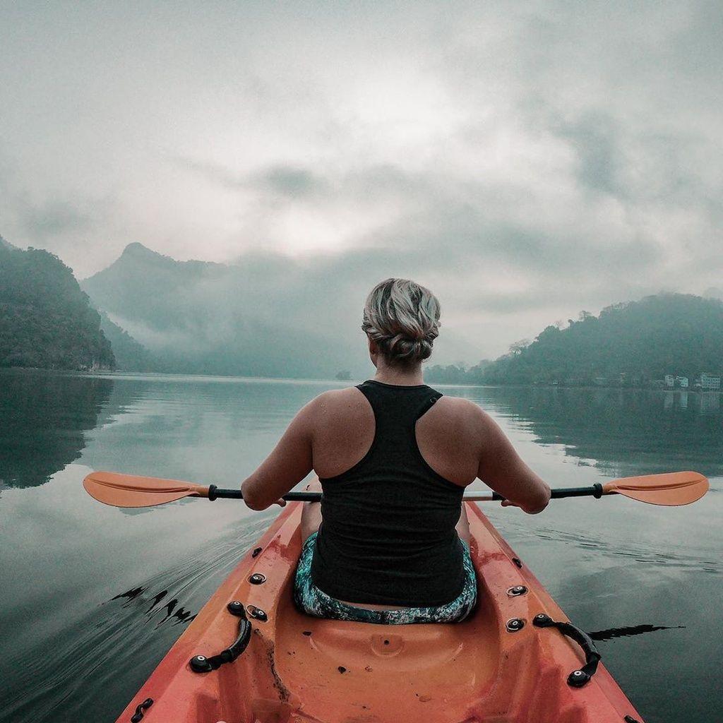 cheo-thuyen-kayak-o-viet-nam5