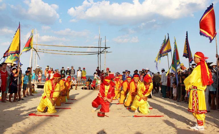 5 lễ hội văn hóa truyền thống đặc sắc ở Phú Yên