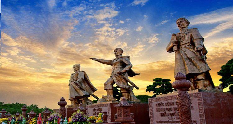 Đến Bạch Đằng Giang lắng nghe những câu chuyện lịch sử ấn tượng của Việt Nam