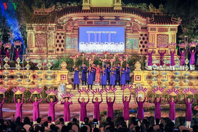 Lên kế hoạch tham dự Festival Huế 2020 đầy màu sắc văn hóa cố đô