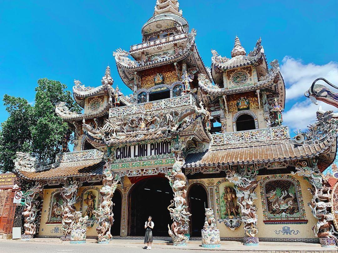 Mãn nhãn chùa Linh Phước - ngôi chùa khảm sành sứ độc lạ ở Đà Lạt